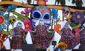 Ballet Folklorico International performs the La Llorons Play, ,Dios de Los Muertos, Day of the Dead, Hollywood Forever Cemetery
