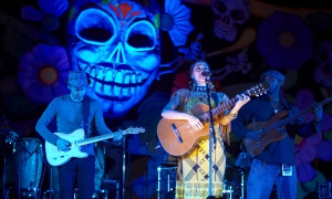 Lila Downs sings, Dios de Los Muertos, Day of the Dead, Hollywood Forever